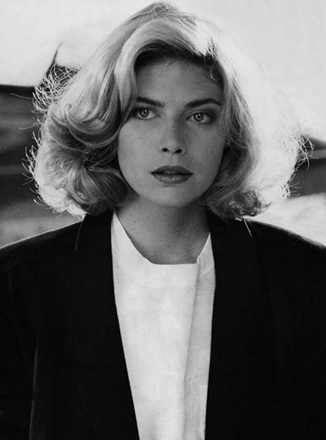 Kelly-McGillis-Top-Gun