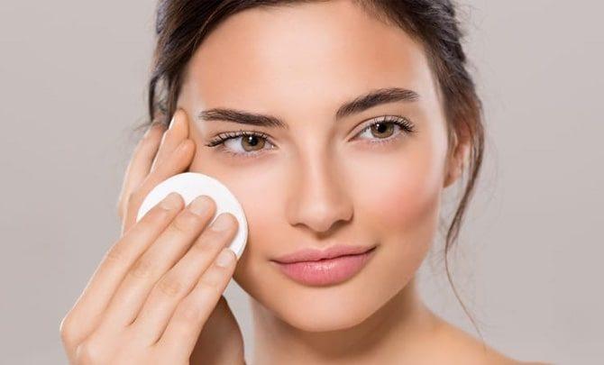 Make-Up-Skiin-Care