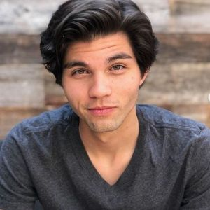 Chase Austin Wiki Tv Shows Net Worth Age Dating Girlfriend Tv Shows Facts